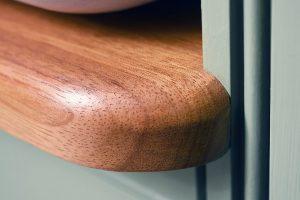 Close-Up-Bespoke-Wooden-Edge